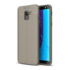 Samsung Galaxy J6 (2018) J600F用シリコンケース ソフトタッチラバー レザー柄 サムスン グレー